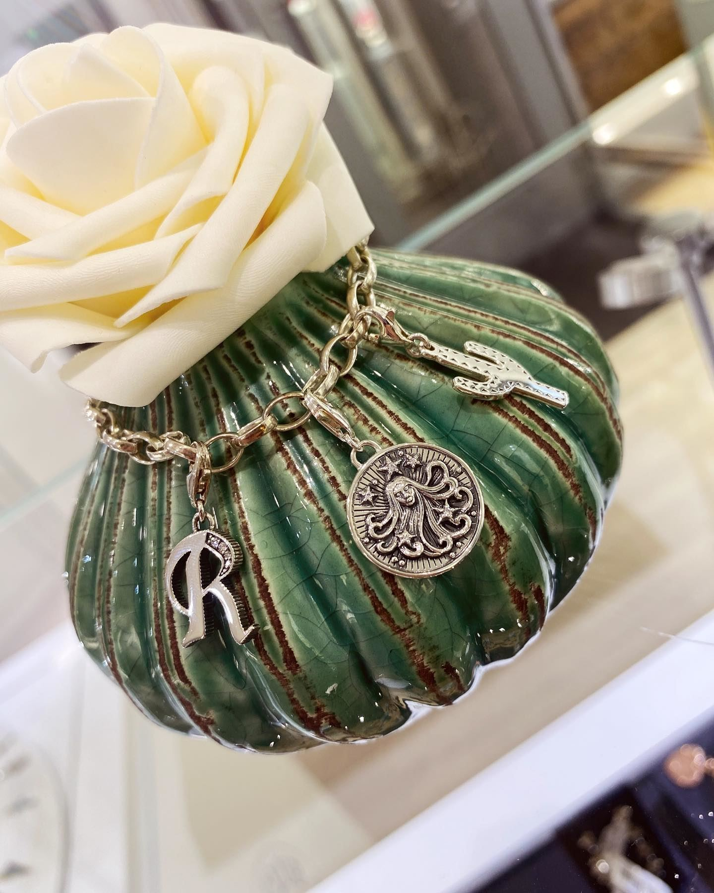 Picture of Virgo Zodiac Sign Charm